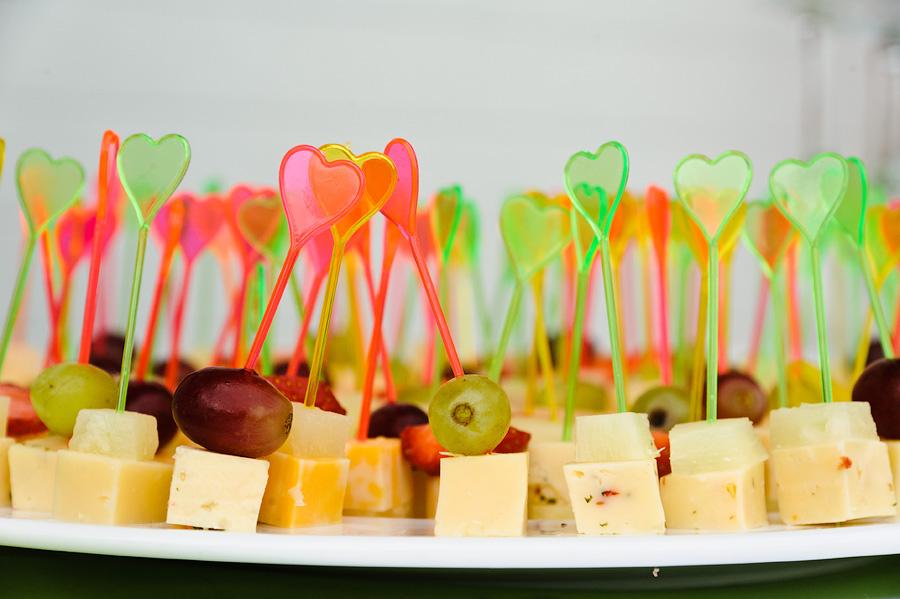 Закуски для свадебной прогулки с фото