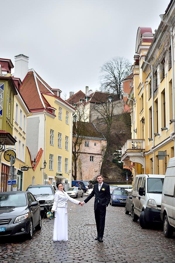 Свадебная фотосессия в Старом Городе Таллина.