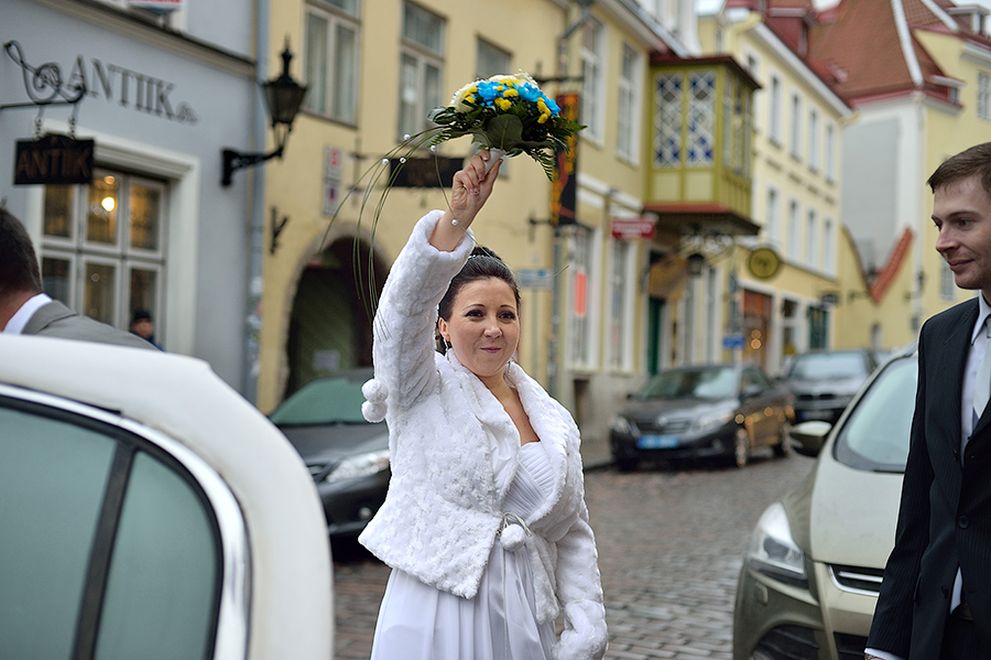 zimnyaya-svadba-v-talline-neobychnye-mesta-dlya-semki-svadby-v-tallinne36