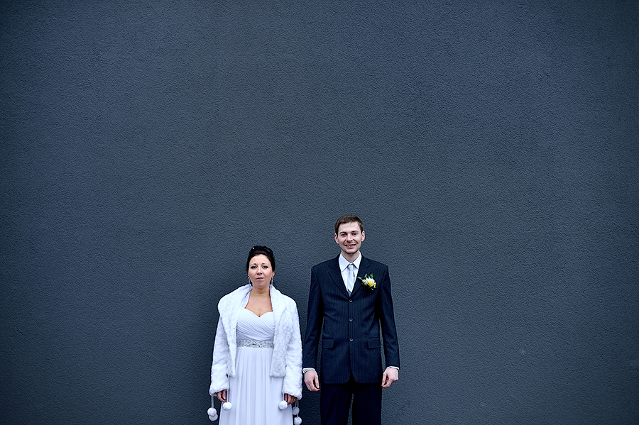 Портрет жениха и невесты в Эстонии. Свадьба в Таллинне.